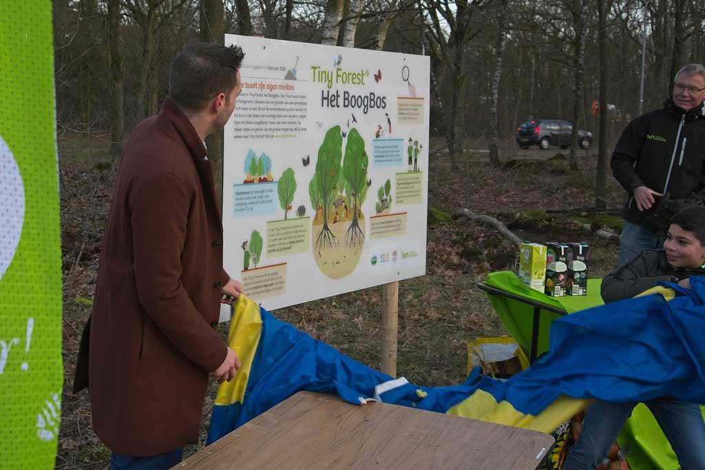 Eerste bomen van Klimaatbos geplant